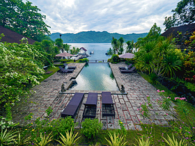 Solitude Lembeh Resort. Бассейн